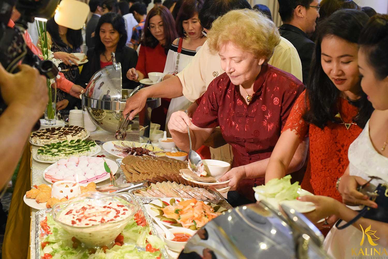 Tiệc cưới buffet - Lựa chọn mới cho các cặp đôi hiện đại