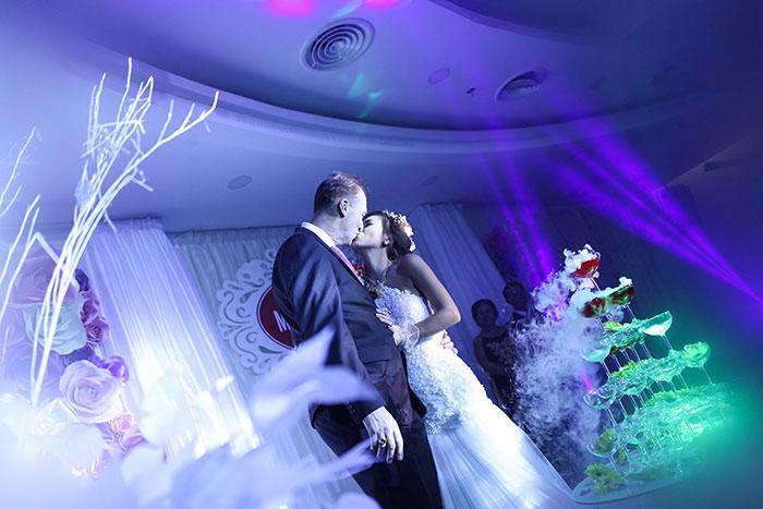Chuẩn bị khách mời trước ngày cưới