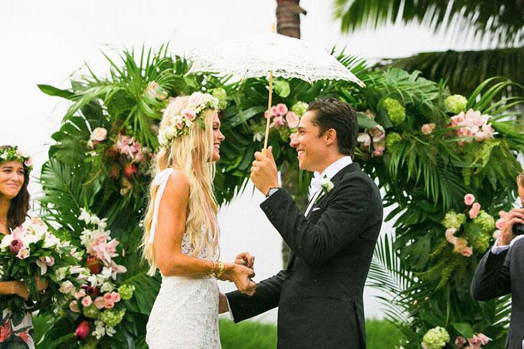 Trang trí cổng tiệc cưới đẹp