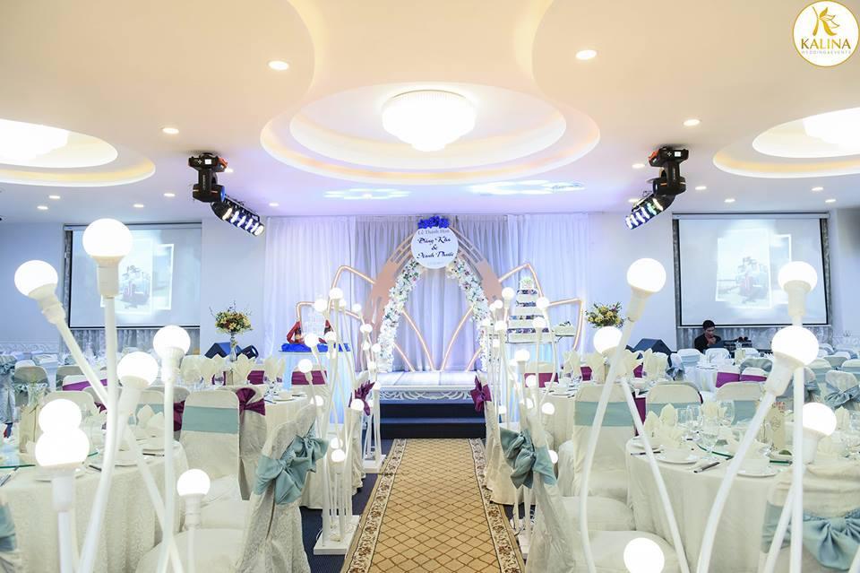 Trang trí tiệc cưới với bộ tone màu đa dạng tại Kalina