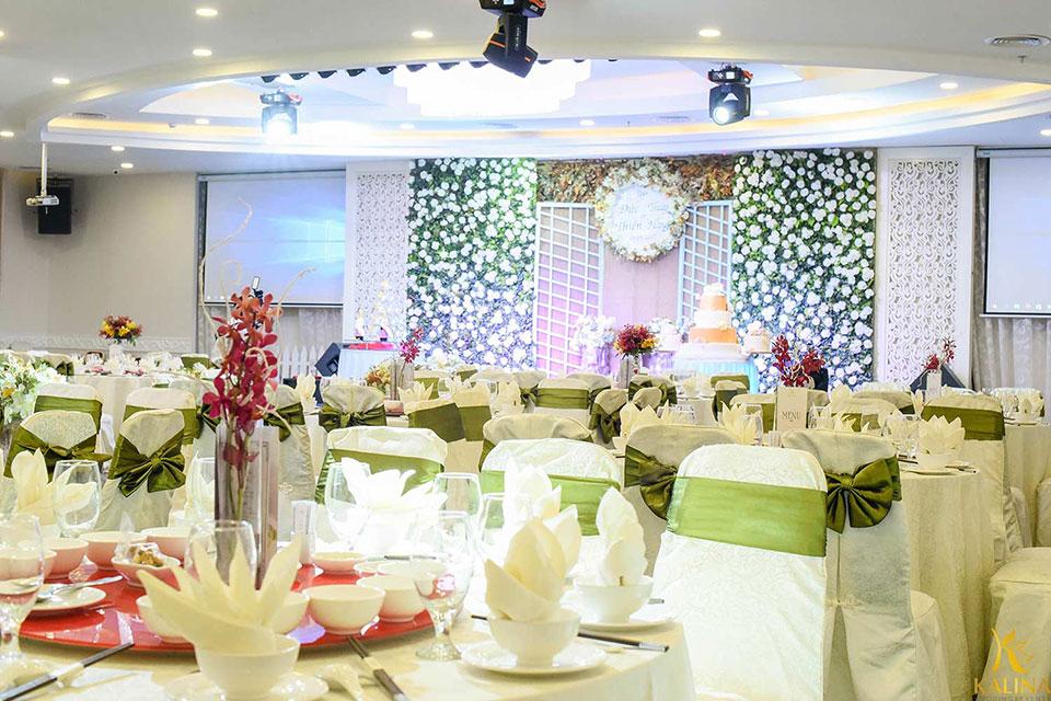 trang trí tiệc cưới rustic tphcm