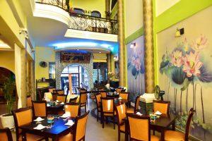 10-Nha-hang-buffet-chay-gia-re-o-Tp-Ho-Chi-Minh-7