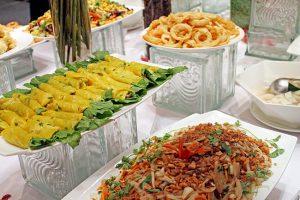 Danh-sach-12-nha-hang-buffet-chay-ngon-re-o-Tp-Ho-Chi-Minh-10