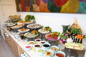 10-Nha-hang-buffet-chay-gia-re-o-Tp-Ho-Chi-Minh-9