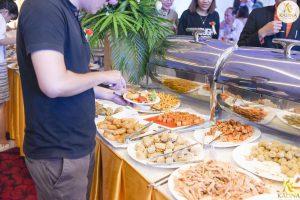 Buffet-chay-la-gi-diem-mat-6-nha-hang-buffet-chay-tai-Tp-Ho-Chi-Minh-3
